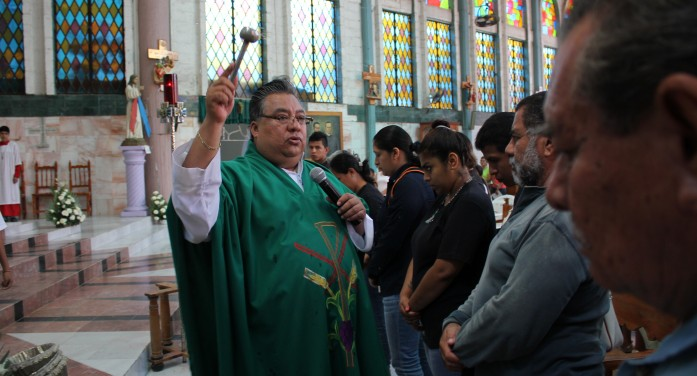 LATimes: In Mexico's Guerrero state, priests are a prime target for drug gangs